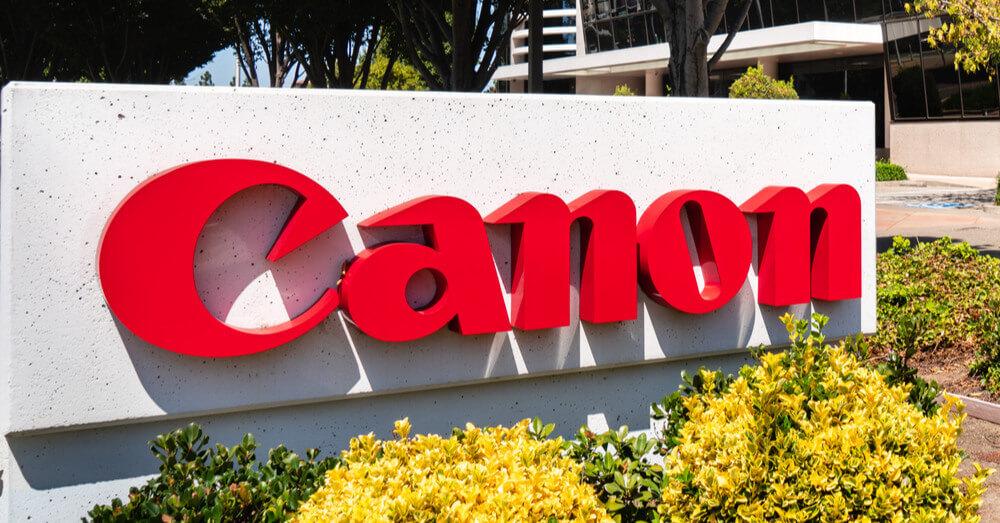 Foto van een Canon logo in Silicon Valley